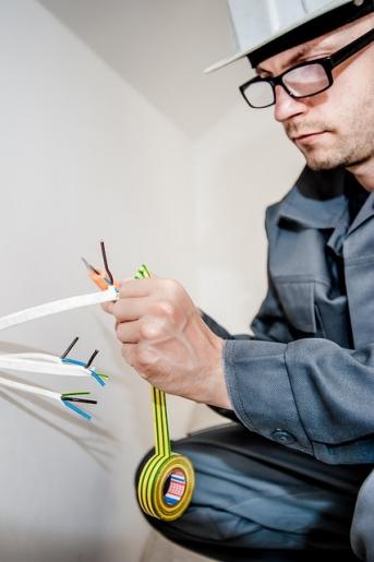 Fachowcy od wykonania instalacji elektrycznej
